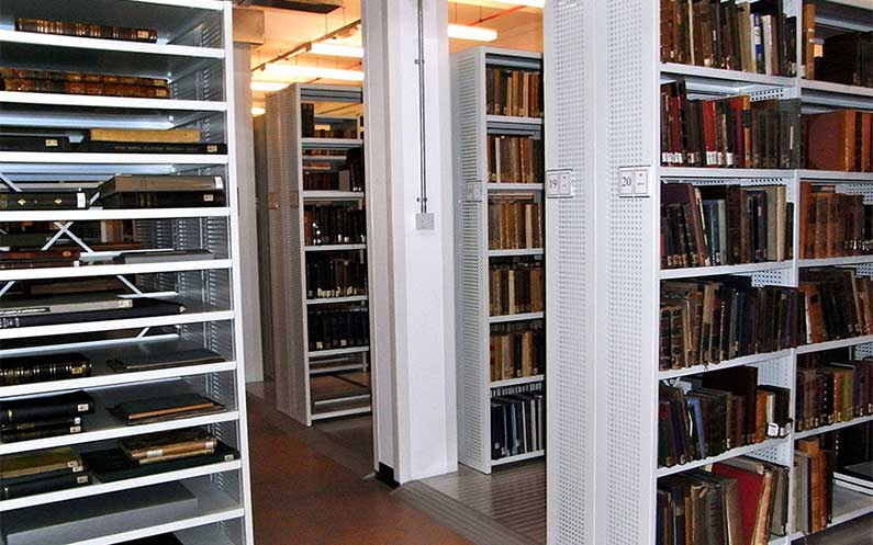 Sysco - Admiralty Library - Bruynzeel Storage Systems